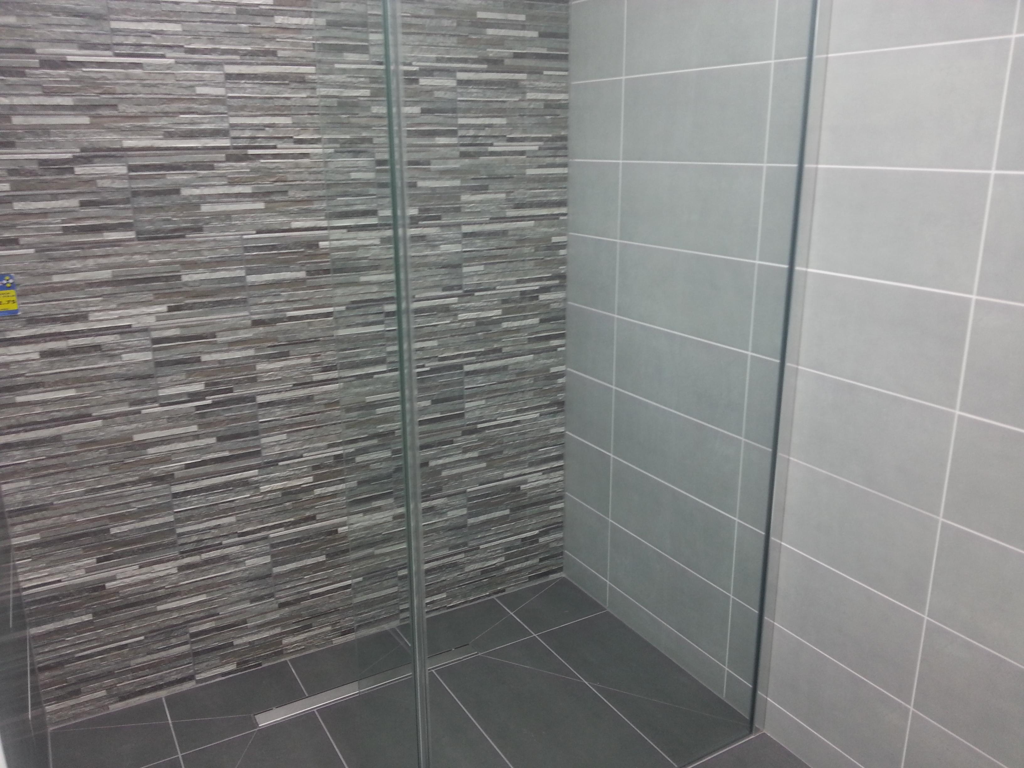Choosing wall and floor tiles