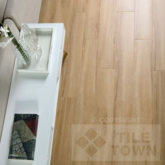 Darwin Roble Porcelain Floor tile - Reproduction of real wood.