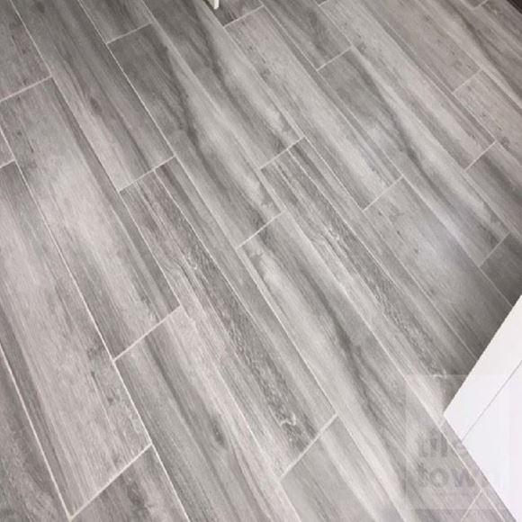 Darwin Ceniza Porcelain Floor tile - Reproduction of real wood